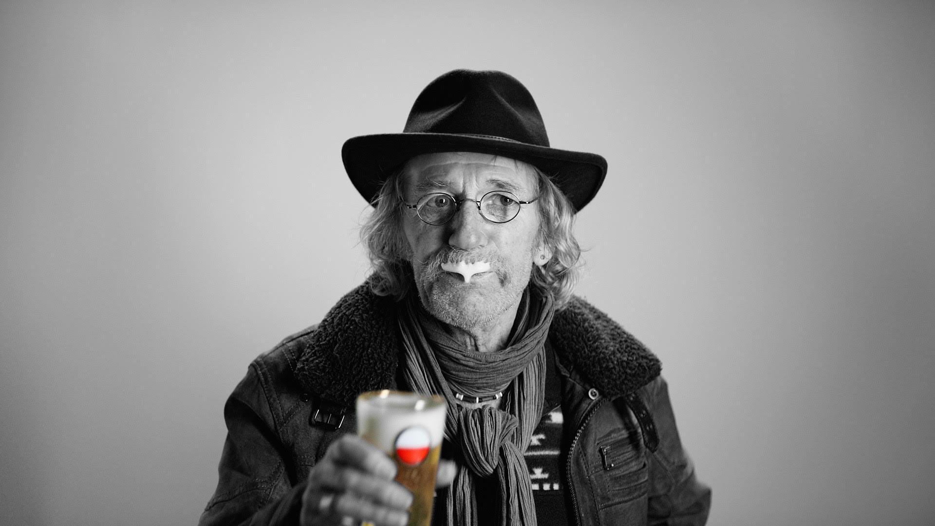 Nieuw reclamethema Amstel : 'Gewoon bier voor de gewone mens'
